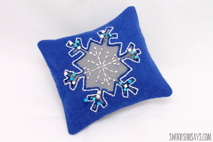 snowflake pincushion