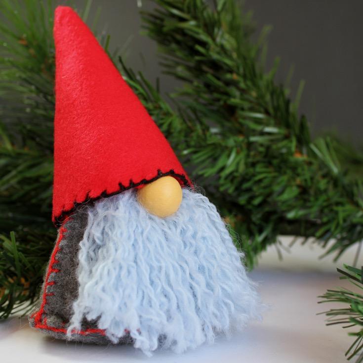 scandinavian-christmas-gnome