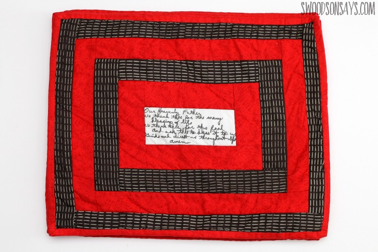 log cabin placemat red and black quilt