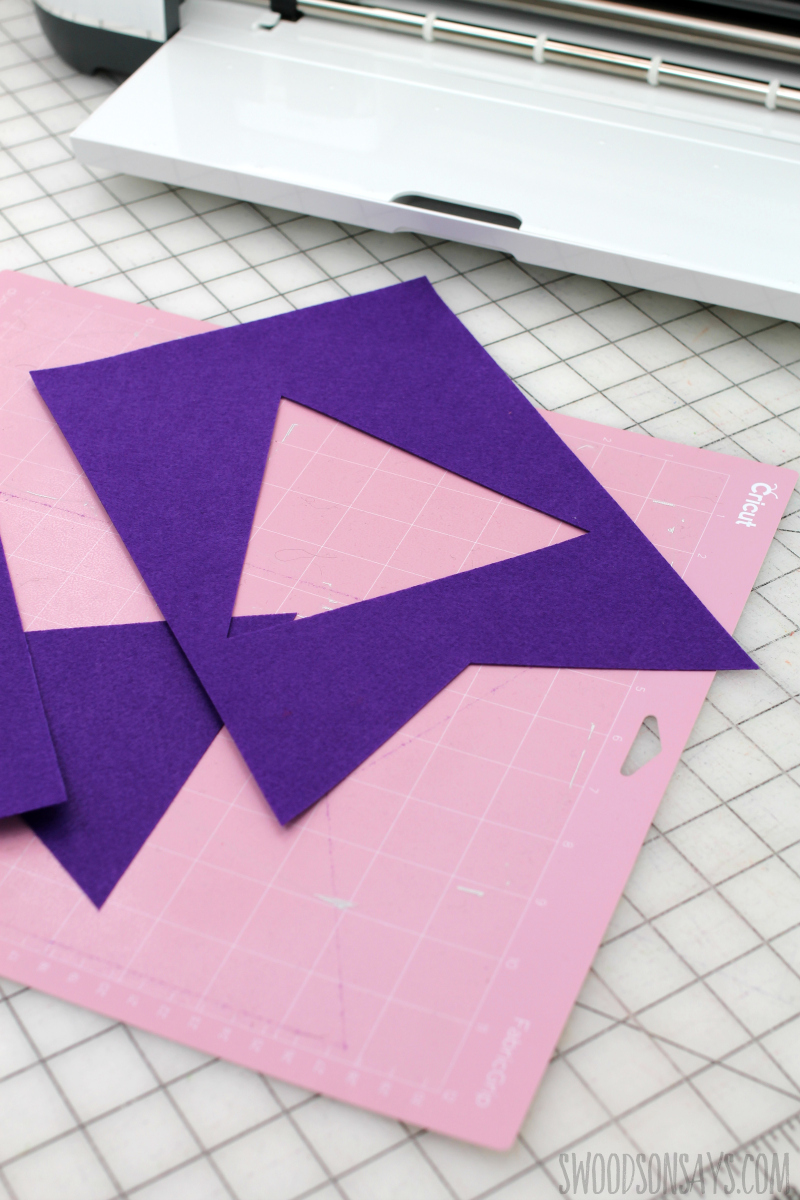 cutting felt pennant cricut maker