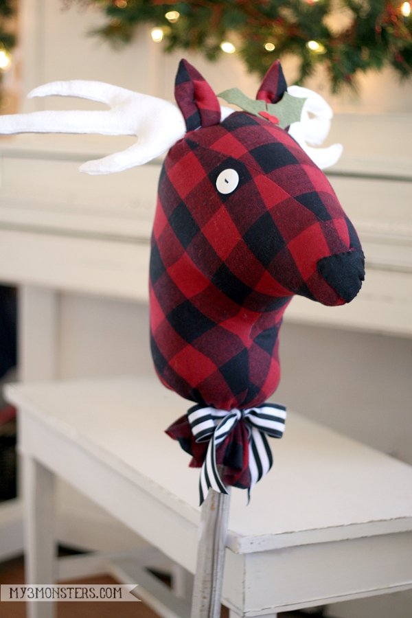 stick horse reindeer free sewing pattern