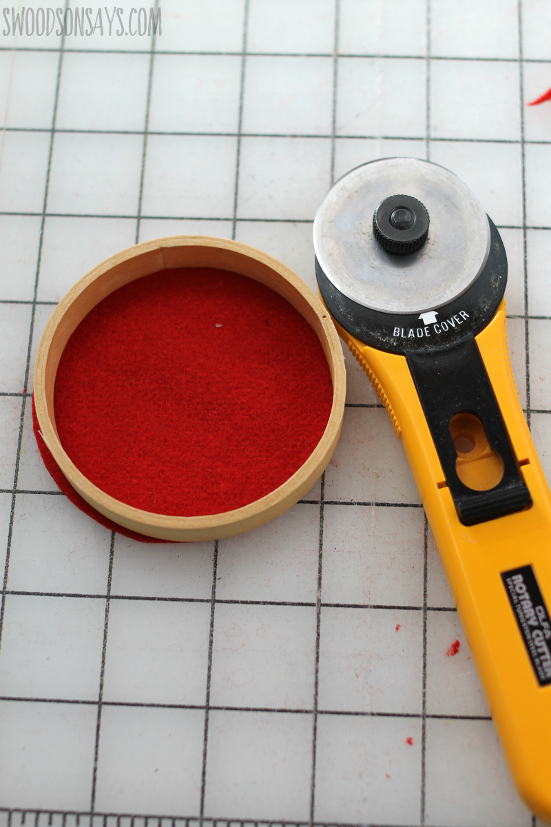 cutting felt with rotary cutter