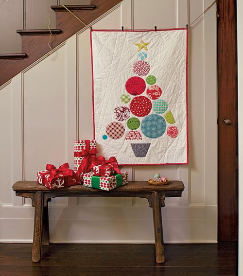 modern christmas wall quilt