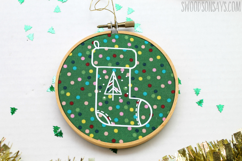 vinyl iron on cricut ornament tutorial