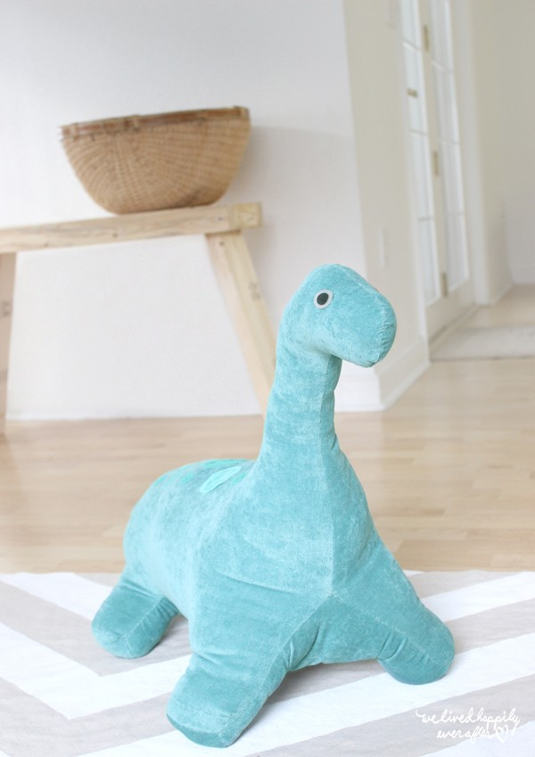 free long neck dinosaur sewing pattern