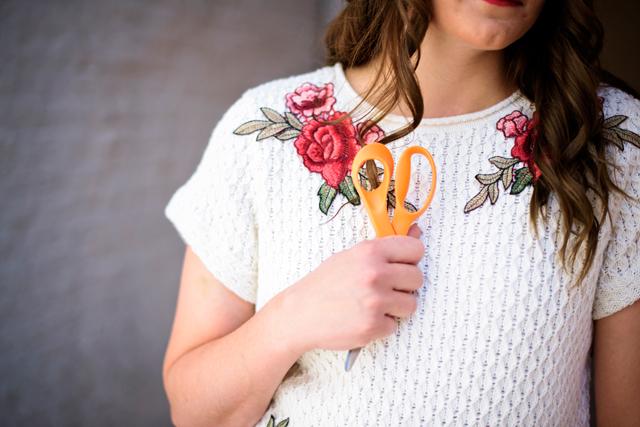 flower applique sweater refashion